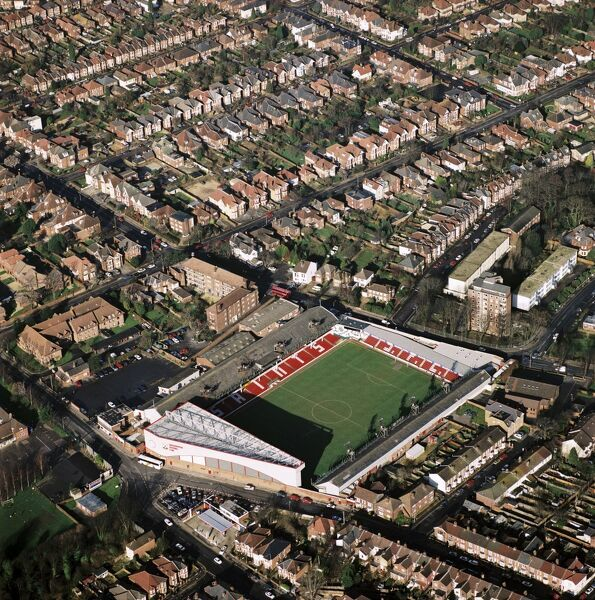 THE DELL, Southampton. Aerial view of the former home of Southampton Football Club photographed in 1995. Matthew Le Tissier was the star player of the Premiership team. The Saints moved to the St Marys Stadium in 2001. Aerofilms Collection