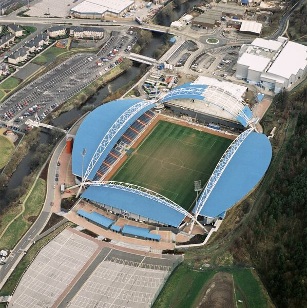 GALPHARM STADIUM, Huddersfield. Aerial view of the home of Huddersfield Town Football Club since 1995. Photographed in 1998 when it was known as the Alfred McAlpine stadium. The 1997-98 season saw the Terriers stabilise in Division One under Peter Jackson