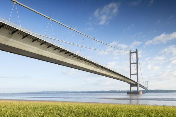 HUMBER BRIDGE, Ferriby Road, Hessle, East Yorkshire. General view from south east