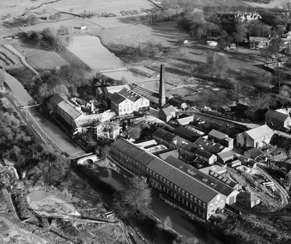 The Wiggins, Teape and Co Paper Mill, Withnell Fold, Lancashire. Photographed 26 November 1947 by Aerofilms Ltd