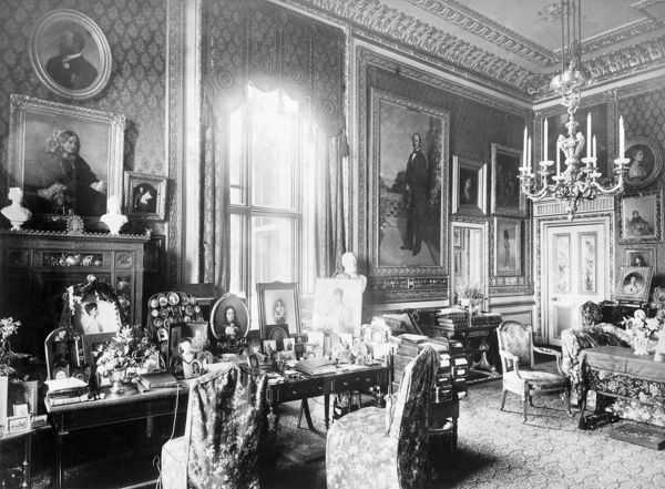 queen victorias private sitting room at windsor c1890 d880035