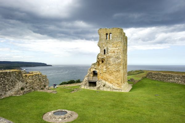 scarborough castle n110187