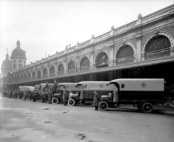 SMITHFIELD MARKET, London. Smithfield has been the site of a market since the Middle Ages, originally selling horses, cattle and pigs. In 1851-66 Horace Jones constructed a new market which opened in 1868 as the London Central Meat Market. Here