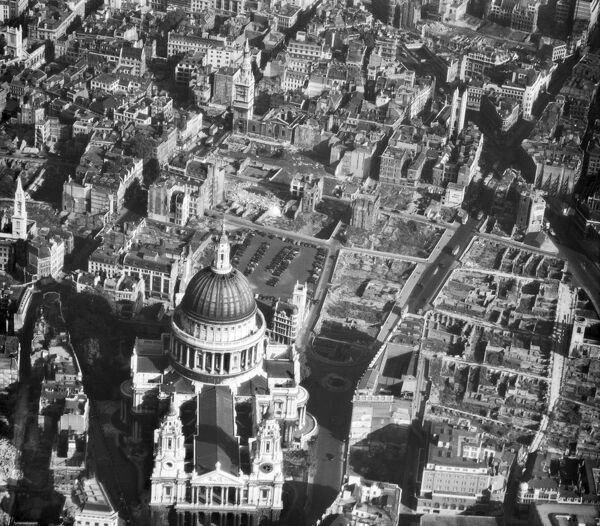 st pauls cathedral afl03_aerofilms_a11371