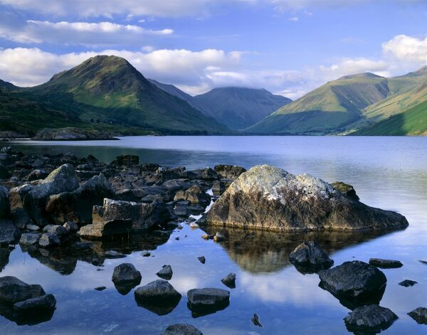 WAST WATER, Lake District, Cumbria. Showing the fell of Yew Barrow in the distance