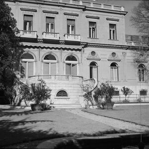 British Embassy in Rome P_D00363_012
