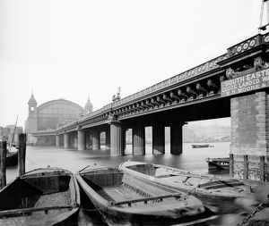 Cannon Street Railway Bridge, London DD97_00102