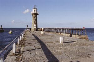 East Pier Lighthouse, Whitby