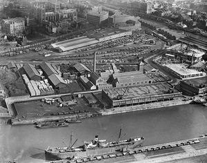 The Floating Harbour, Bristol. 1921 EPW005446