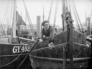Grimsby Crewmaster AA97_05729