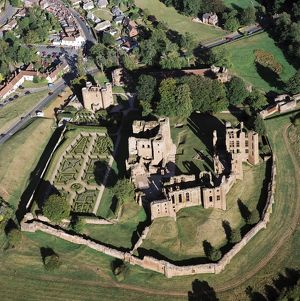 Kenilworth Castle N070113