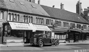 Shopping in Sherborne 1939 BB056809