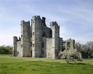 Titchfield Abbey J910149
