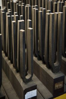 Tuning forks DP1307o3