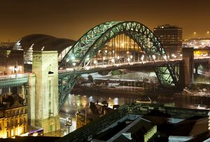 Tyne Bridge at night N080496