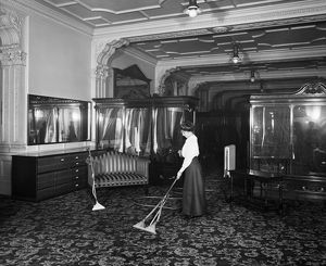 Vacuum cleaning 1910 BL21028