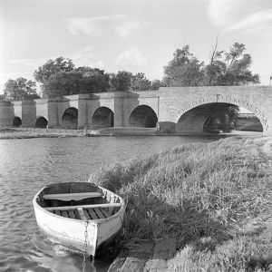 Wansford Old Bridge AA98_05106