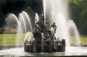 Witley Court fountain N060809