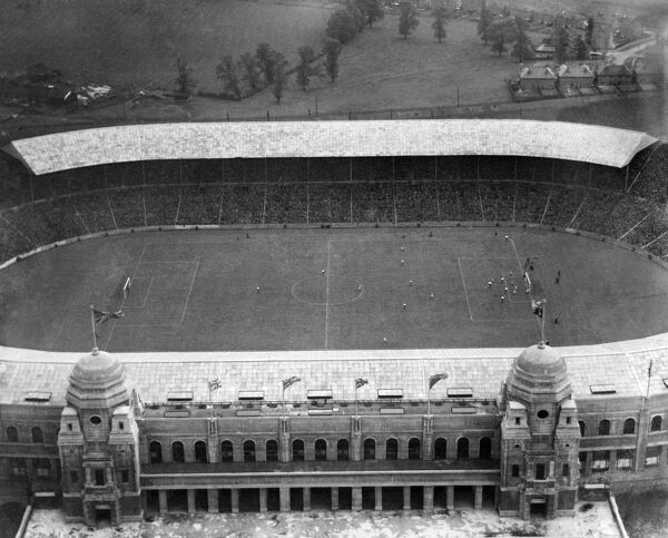 WEMBLEY STADIUM, Middlesex, London. The 1926 FA Cup Final in progress between Bolton Wanderers and Manchester City. Bolton won 1-0 in a match attended by 91,447. Photographed on 26th April 1926. Aerofilms Collection (see Links)