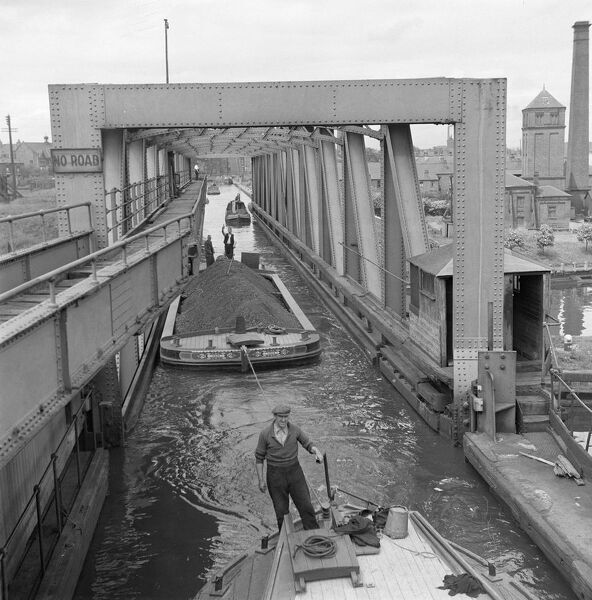 The Barton Aqueduct looking along the Manchester Ship Canal. Trafford, Greater Manchester. Photographed by Eric de Mare sometime in the 1950s