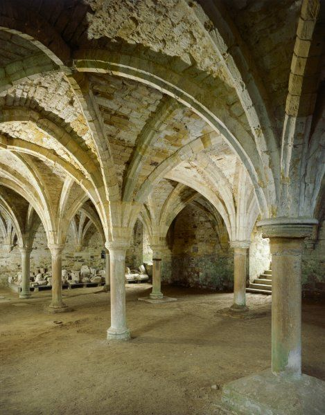 BATTLE ABBEY, East Sussex. Interior view of the vaulted roof of the Monks Common Room
