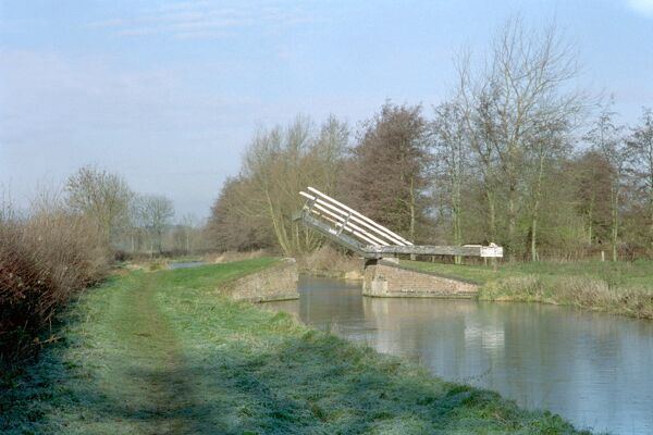 One of an important series of Oxford canal lift-bridges, of a type now rare in England. IoE 423607