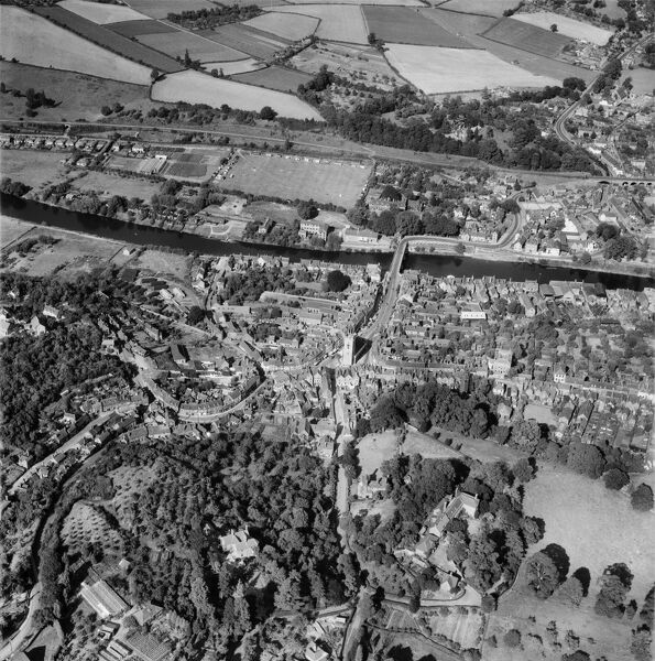 Load Street and the town centre, Bewdley, Worcestershire. Photographed by Aerofilms Ltd in August 1952