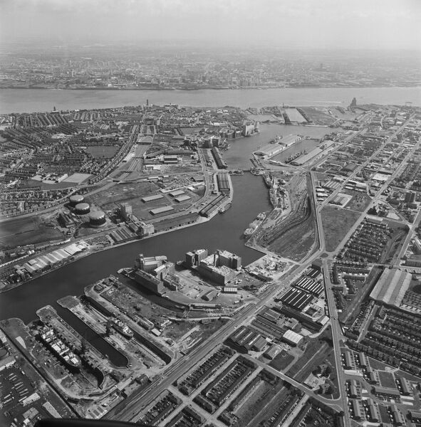 Birkenhead Docks and environs, Wirral. Photographed by Aerofilms Ltd in 1980