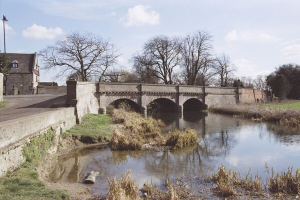 Picturesque view of the bridge at Market Deeping on the Lincolnshire / Cambridgeshire border. IoE 194497