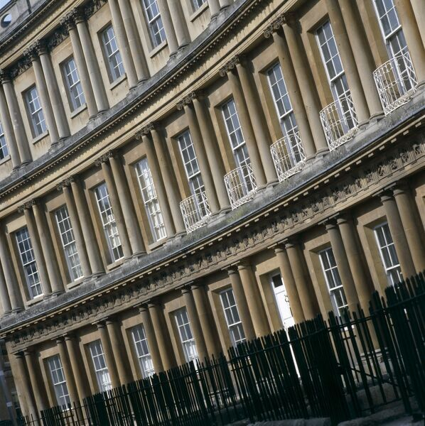 THE CIRCUS, Bath, Avon. An oblique view of one of the townhouse exteriors