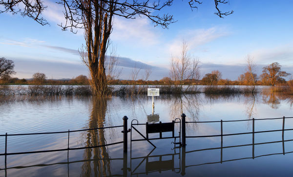 Flooded car park DP181271
