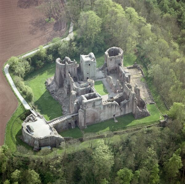 GOODRICH CASTLE, Herefordshire. Aerial view