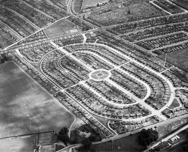 Pennine Drive, Golders Green. Aerial view. A housing estate built by John Laing & Co. in June 1930. Attractive new housing estates were a source of pride for house builders. Photographed in 1932. Aerofilms Collection