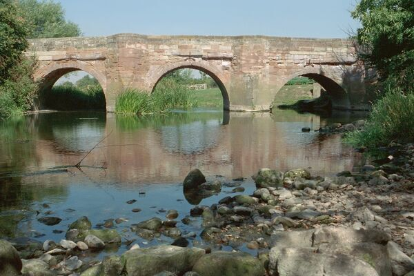Hunningham Bridge. Circa C17 sandstone ashlar bridge over the River Leam. IoE 308228