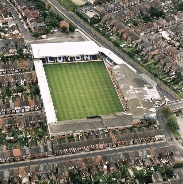 KENILWORTH ROAD, Luton. Aerial view of the home of Luton Town Football Club. Photographed in 1992, at the end of a disappointing season for the Hatters who dropped out of the top flight just as the Premier League was founded. Aerofilms Collection
