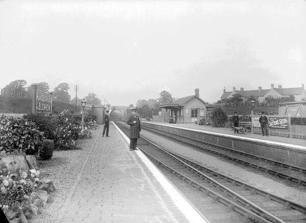 LONG HANBOROUGH RAILWAY STATION, West Oxfordshire