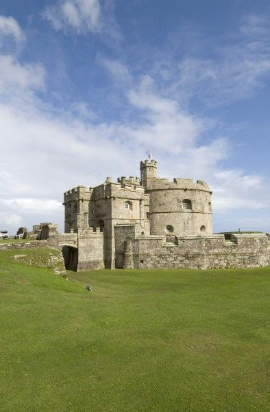 PENDENNIS CASTLE, Cornwall. Exterior view of the Keep