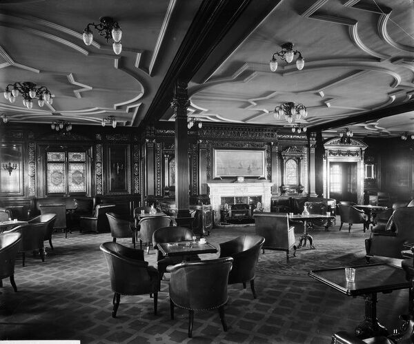 Looking aft in the 1st class smoking room, RMS Olympic, White Star Line, 1920-21