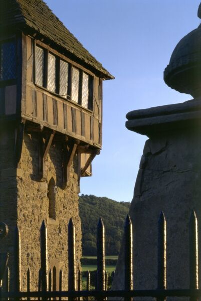 STOKESAY CASTLE, Shropshire. A 13th century fortified manor house. Detail of the North Tower