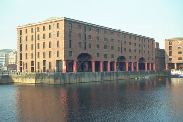Warehouse now housing part of the Merseyside Maritime Museum. IoE 213633