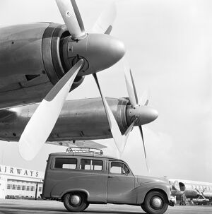 Austin van and aircraft propellers AA087965