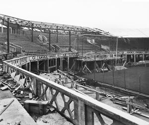 Centre Court under construction BL26054_004