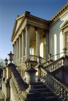 <b>Chiswick House</b><br>Selection of 94 items