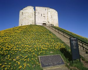 Clifford's Tower K980216