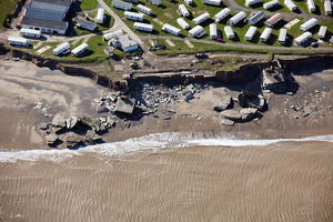 Coastal erosion at Fort Godwin 28503_001