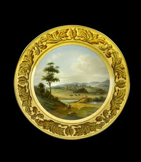 Dessert plate depicting the Lines of Torres Vedras N081173