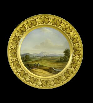 Dessert plate depicting the Lines of Torres Vedras N081178