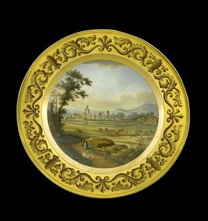 Dessert plate depicting Vittoria N081147