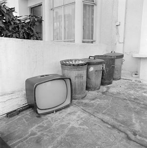 Discarded TV AA071519