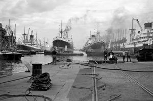 King George V Dock AA002109